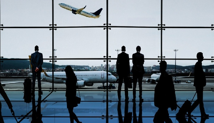 how to become corporate travel agent